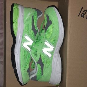 Other - Highlighter green new balance